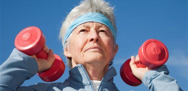 45 ile 60 yaş arasında vücudumuzda neler olur? Yaşlanmamak mümkün müdür?